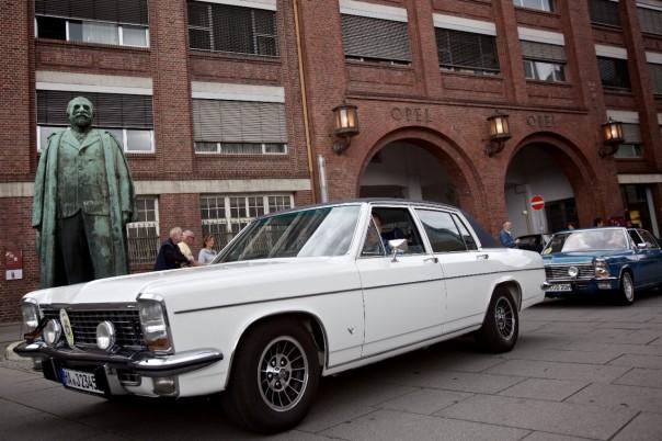 Opel Luxusliner auf Jubiläumstour