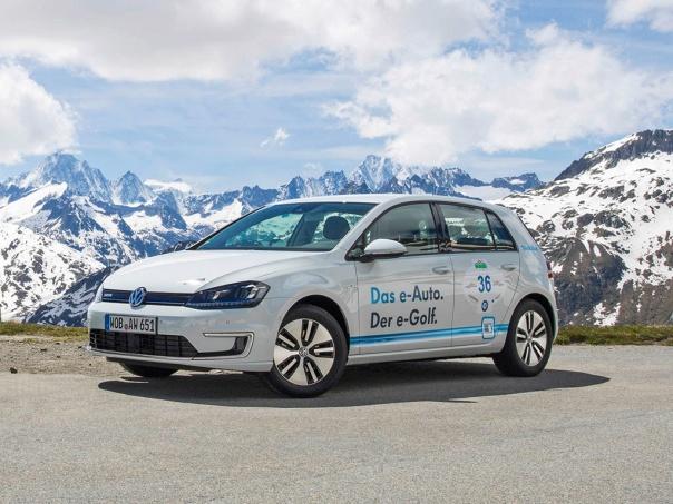 Der E-Golf siegt auf der größten Elektrofahrzeug-Rallye der Welt