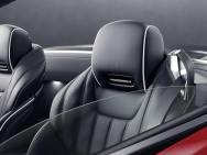 Mercedes-Benz SL. Sitze mit AIRSCARF in den Kopfstützen Mercedes-Benz SL. Seats with AIRSCARF