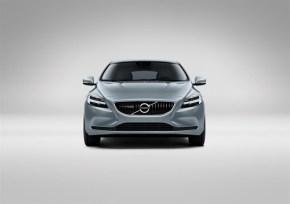 Volvo V40 T4 Momentum Studio Front