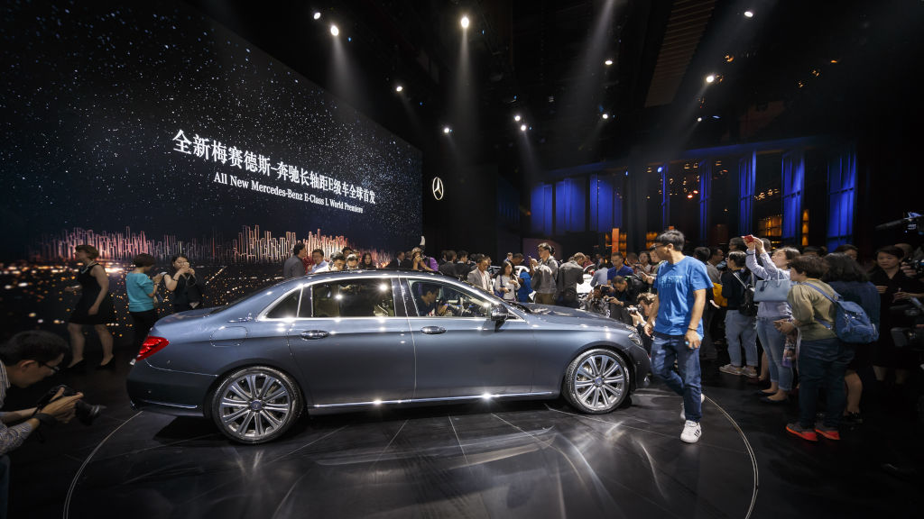 Mercedes-Benz Media Night, Auto China 2016: Weltpremiere der Langversion der neuen E-Klasse in Peking World premiere of the long-wheelbase version of the new E-Class in Beijing